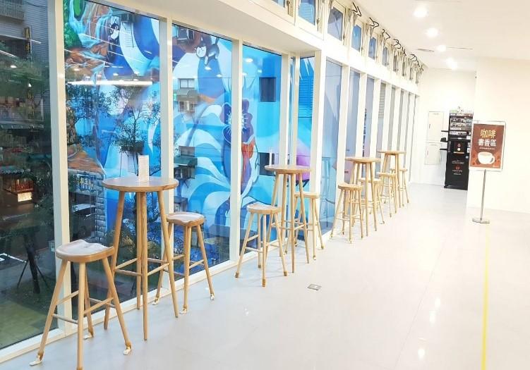瑞芳分館2樓咖啡書香景觀區照片